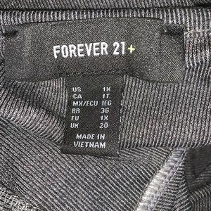Forever 21 Dresses - Forever 21 plus gray skater dress size 1X